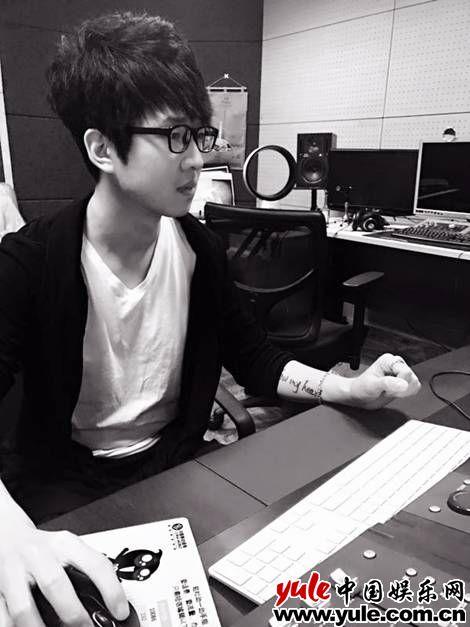 歌手王奕丁全新单曲《重生》首发 葛乐铭担任音乐制作人资讯生活
